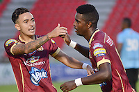 IBAGUÉ -COLOMBIA, 26-02-2017. Marco Perez jugador (der) del Deportes Tolima celebra después de anotar un gol a Envigado FC durante partido por la fecha 6 de la Liga Águila I 2017 jugado en el estadio Manuel Murillo Toro de Ibagué. / Marco Perez (R) player of Deportes Tolima celebrates after scoring a goal to Envigado FC during match for date 6 of the Aguila League I 2017 played at Manuel Murillo Toro stadium in Ibague city. Photo: VizzorImage / Juan Carlos Escobar / Cont