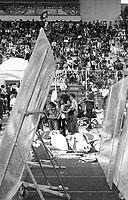 Genova 20 Luglio 2001.G8.Stadio Carlini,Disobbedienti si allenano a proteggersi con gli scudi