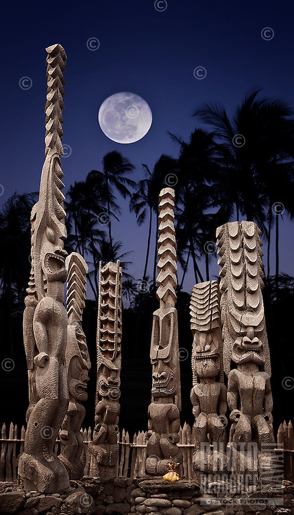 Ki'i and offering, on the platform of Hale o Keawe - Pu`uhonua o Honaunau National Historical Park, Hawaii island..