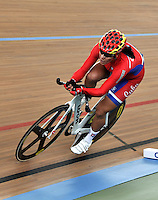 CALI – COLOMBIA – 28-02-2014: Yudelmis Dominguez de Cuba durante la prueba de Persecucion Individual Damas en el Velodromo Alcides Nieto Patiño, sede del Campeonato Mundial UCI de Ciclismo Pista 2014. / Yudelmis Dominguez of Cuba during the test of the Women´s Individual Persuit at the Alcides Nieto Patiño Velodrome, home of the 2014 UCI Track Cycling World Championships. Photos: VizzorImage / Luis Ramirez / Staff.