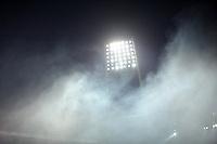 FUSSBALL   1. BUNDESLIGA   SAISON 2011/2012    16. SPIELTAG SV Werder Bremen - VfL Wolfsburg          10.12.2011 Nebel im Bremer Weserstadion