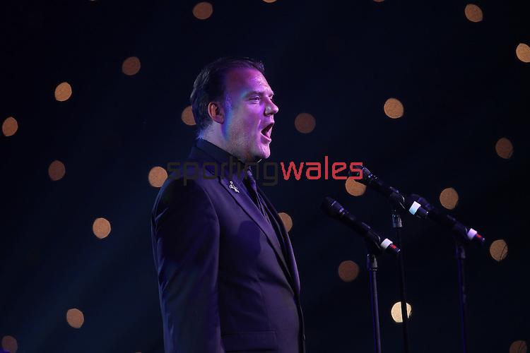 ISPS Handa Wales Open 2012.Welsh opera star Bryn Terfel performing at the gala dinner..29.05.12.©Steve Pope