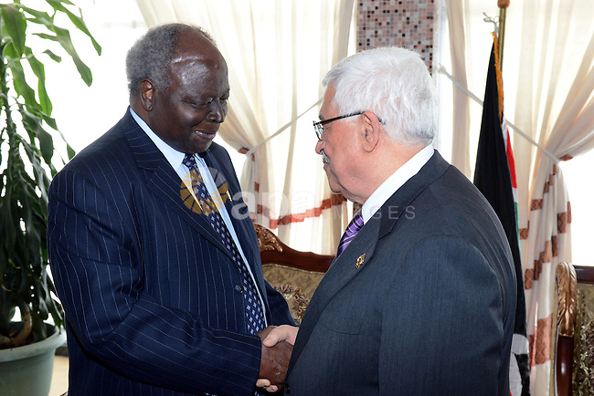 Palestinian President Mahmud Abbas meets with the President of Chad, on the sidelines of the 20th Ordinary Session of The Assembly of the Heads of State and Government (OSOA) of the African Union (UA) in Addis Ababa Ethiopia on January 27, 2013. Photo by Thaer Ganaim