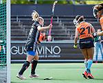 AMSTELVEEN  - Charlotte Vega (A'dam) heeft gescoord.    . Hoofdklasse hockey dames ,competitie, dames, Amsterdam-Groningen (9-0) .     COPYRIGHT KOEN SUYK