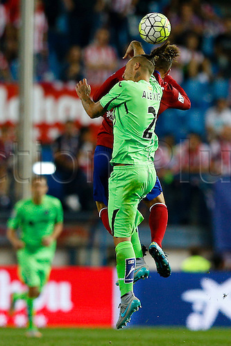 22.09.2015. Vicente Calderon stadium, Madrid, Spain.  Alexis Ruano Delgado (2) Getafe CF's player and Fernando Torres (9) Atletico de Madrid's player during the La Liga match between Atletico de Madrid and Getafe CF at the Vicente Calderon stadium in Madrid