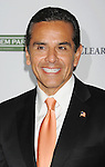 HOLLYWOOD, CA - SEPTEMBER 27: Antonio Villaraigosa arrives at LA's Promise 2011 Gala Honoring Ryan Seacrest at the Kodak Theatre on September 27, 2011 in Hollywood, California.