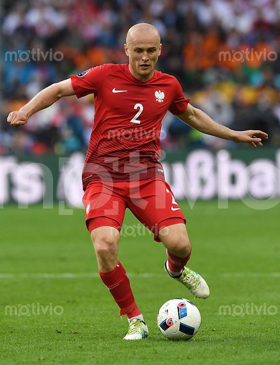 FUSSBALL EURO 2016 GRUPPE C IN PARIS Deutschland - Polen    16.06.2016 Michal Pazdan (Polen)