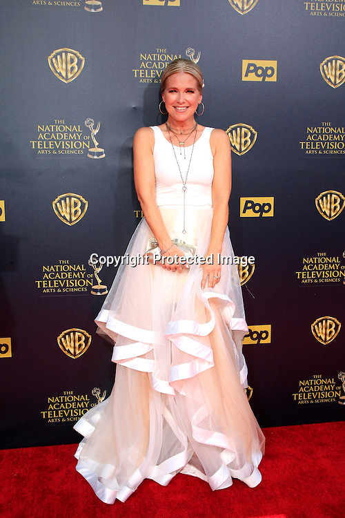 BURBANK - APR 26: Melissa Reeves at the 42nd Daytime Emmy Awards Gala at Warner Bros. Studio on April 26, 2015 in Burbank, California