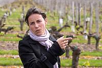 caroline artaud oenologist winemaker chateau la garde pessac leognan graves bordeaux france