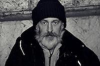 SDF dans les rues de Nice. Ovidiu, 55 ans, dans la rue depuis 3 ans. # SANS DOMICILE FIXE DANS LES RUES DE NICE