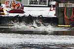 06.07.2019,  Innenstadt, Hamburg, GER, Hamburg Wasser World Triathlon, Elite Mainner, im Bild die Triathleten kurz vor dem Ausstieg aus dem Wasser vor dem Hamburger Rathaus Foto © nordphoto / Witke *** Local Caption ***