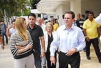 ATEN&Ccedil;&Atilde;O EDITOR: FOTO EMBARGADA PARA VE&Iacute;CULO INTERNACIONAL - RIO DE JANEIRO,RJ 25 DE SETEMBRO 2012 - Nesta ter&ccedil;a feira (25) O prefeito da cidade do Rio de Janeiro Eduardo Paes visita a escola municipal Andre Uran situado na favela da Rocinha.<br /> CLAUDIA COSTIN SECRETARIA MUNICIPAL DE EDUCA&Ccedil;AO DA CIDADE DO RIO<br /> FOTO RONALDO BRANDAO/BRAZIL PHOTO PRESS