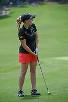 Ceilia Barquin Arozamena (a)(ESP) watches her chip on 18 during round 1 of the U.S. Women's Open Championship, Shoal Creek Country Club, at Birmingham, Alabama, USA. 5/31/2018.<br /> Picture: Golffile | Ken Murray<br /> <br /> All photo usage must carry mandatory copyright credit (&copy; Golffile | Ken Murray)