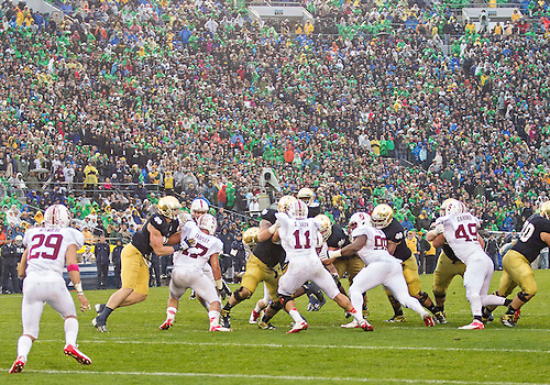 October 13, 2012:  A general view of the action during NCAA Football game action between the Notre Dame Fighting Irish and the Stanford Cardinal at Notre Dame Stadium in South Bend, Indiana.  Notre Dame defeated Stanford 20-13.