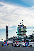 Verizon IndyCar Series<br /> Indianapolis 500 Qualifying<br /> Indianapolis Motor Speedway, Indianapolis, IN USA<br /> Saturday 20 May 2017<br /> Scott Dixon, Chip Ganassi Racing Teams Honda, Ed Carpenter, Ed Carpenter Racing Chevrolet, Alexander Rossi, Andretti Herta Autosport with Curb-Agajanian Honda Verizon P1 Pole Award front row<br /> World Copyright: Scott R LePage<br /> LAT Images