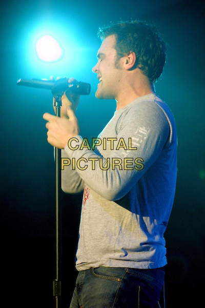DANIEL BEDINGFIELD.stage, live, concert, music, singing, half length, half-length.www.capitalpictures.com.sales@capitalpictures.com.©Capital Pictures