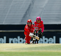 2nd November 2019; Western Australia Cricket Association Ground, Perth, Western Australia, Australia; Womens Big Bash League Cricket, Melbourne Renegades versus Sydney Sixers; Tammy Beaumont of the Melbourne Renegades plays a reverse sweep - Editorial Use