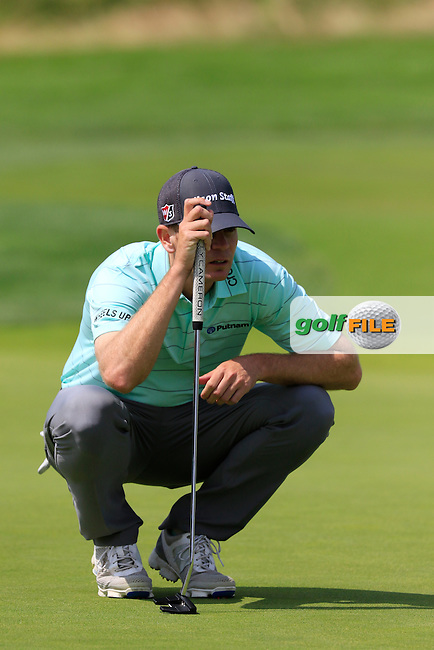 Brendan Steele (USA) on the 10th green during Friday's Round 1 of the 2016 U.S. Open Championship held at Oakmont Country Club, Oakmont, Pittsburgh, Pennsylvania, United States of America. 17th June 2016.<br /> Picture: Eoin Clarke | Golffile<br /> <br /> <br /> All photos usage must carry mandatory copyright credit (&copy; Golffile | Eoin Clarke)