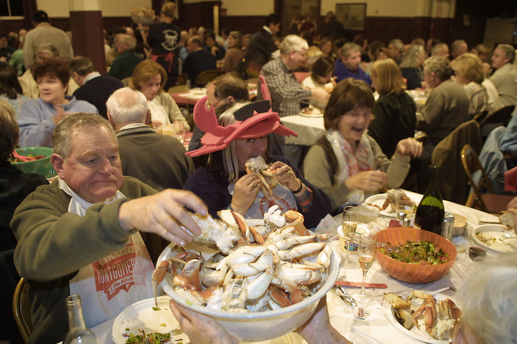 A crab feed in Mendocino for the anual wine and crab days