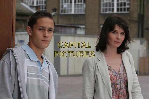 RAFI GAVRON & JULIETTE BINOCHE.in Breaking & Entering.*Editorial Use Only*.Ref: FB.www.capitalpictures.com.sales@capitalpictures.com.Supplied by Capital Pictures.