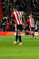 GOAL - Ryan Woods of Brentford scores during the Sky Bet Championship match between Brentford and Leeds United at Griffin Park, London, England on 4 November 2017. Photo by Carlton Myrie.