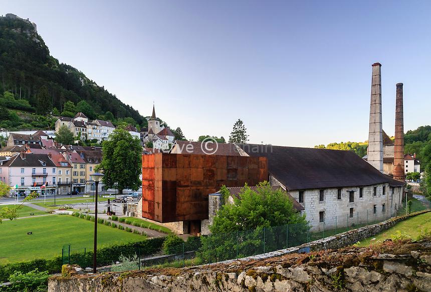 France, Jura (39), Salins-les-Bains, la Grande saline de Salins-les-Bains, classée patrimoine mondial de l'UNESCO, au centre de la ville  // France, Jura, Salins les Bains, Grande saline de Salins-les-Bains (Saltworks), listed as World Heritage by UNESCO