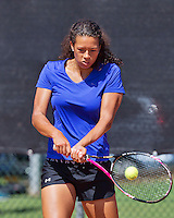 Netherlands, Rotterdam August 05, 2015, Tennis,  National Junior Championships, NJK, TV Victoria,  Savannah Sendar<br /> Photo: Tennisimages/Henk Koster
