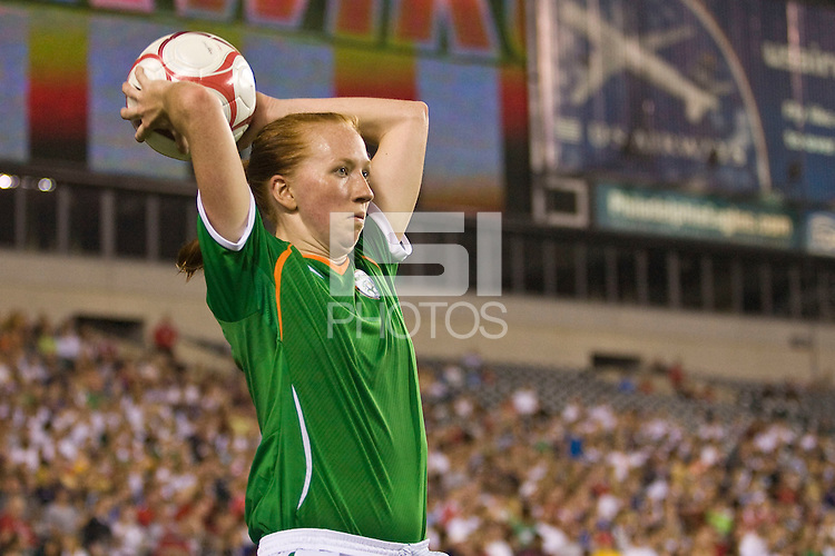Republic of Ireland (IRL) defender Alisha Moran (3). The United States Women's National Team (USA) defeated the Republic of Ireland (IRL) 2-0 during an international friendly at Lincoln Financial Field in Philadelphia, PA, on September 13, 2008.