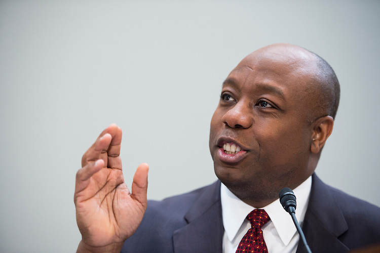 "UNITED STATES - FEBRUARY 9: Sen. Tim Scott, R-S.C., holds his National School Choice Forum on ""Choosing Excellence: A Forum on the Freedom to Choose Academic Excellence for Every Child"" in the Hart Senate Office BUilding on Monday, Feb. 9, 2015 (Photo By Bill Clark/CQ Roll Call)"