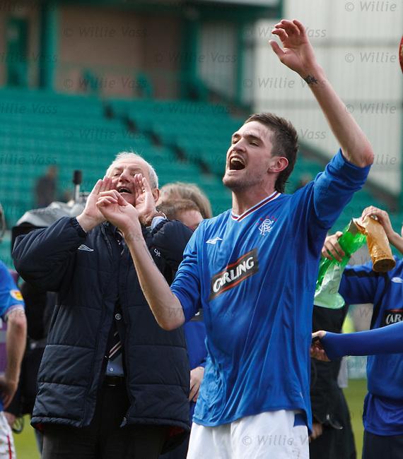 Walter Smith celebrates with Kyle Lafferty