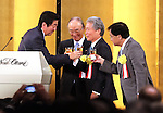 January 5, 2017, Tokyo, Japan - Japanese Prime Minister Shinzo Abe (L) toasts with Japanese business group leaders Akio Mimura (2nd L), Sadayuki Sakakibara (2nd R) and Yoshimitsu Kobayashi (R) during business leaders New Year party at a Tokyo hotel on Tuesday, January 5, 2017.  (Photo by Yoshio Tsunoda/AFLO)