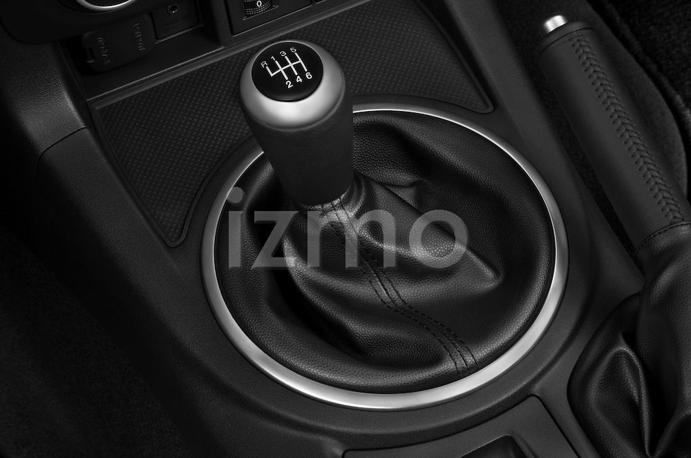 Gear shift detail view of a 2010 Mazda Miata MX5