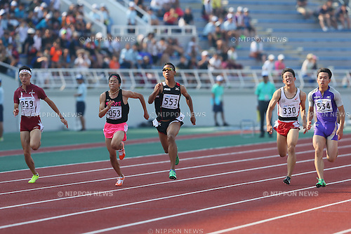 (C) <br />   Abdul Hakim Sani Brown (), <br /> (L) <br /> Kenta Oshima (), <br /> JULY 30, 2015 - Athletics : <br /> 2015 All-Japan Inter High School Championships, <br /> Men's 100m Final <br /> at Kimiidera Athletic Stadium, Wakayama, Japan. <br /> (Photo by YUTAKA/AFLO SPORT)