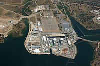 Atomkraftwerk Almaraz: EUROPA, SPANIEN, EXTREMADURA 02.09.2017:  Das Kernkraftwerk Almaraz ist im Westen Spaniens bei Cáceres gelegen und besteht aus zwei Druckwasserreaktoren von Westinghouse mit jeweils etwa 1045 MW installierter Leistung. Das Kernkraftwerk produziert etwa neun Prozent der in Spanien benötigten Elektrizität.