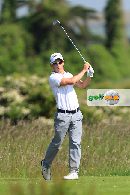 Daniel Holland (Castle) on the 2nd tee during Round 1 of the East of Ireland in the Co. Louth Golf Club at Baltray on Saturday 31st May 2014.<br /> Picture:  Thos Caffrey / www.golffile.ie