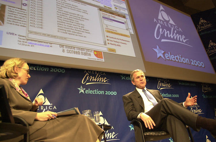 RC20000228-507-IW: February 28, 2000: Texas Gov. George W. Bush visits America Online headquarters to hold an online chat and Q & A with AOL employees.          Ian Wagreich/Roll Call