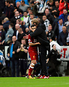 1st October 2017, St James Park, Newcastle upon Tyne, England; EPL Premier League football, Newcastle United versus Liverpool; Jurgen Klopp Manager of Liverpool gives his captain and goalscorer Philippe Coutinho a hug after the 1-1 draw