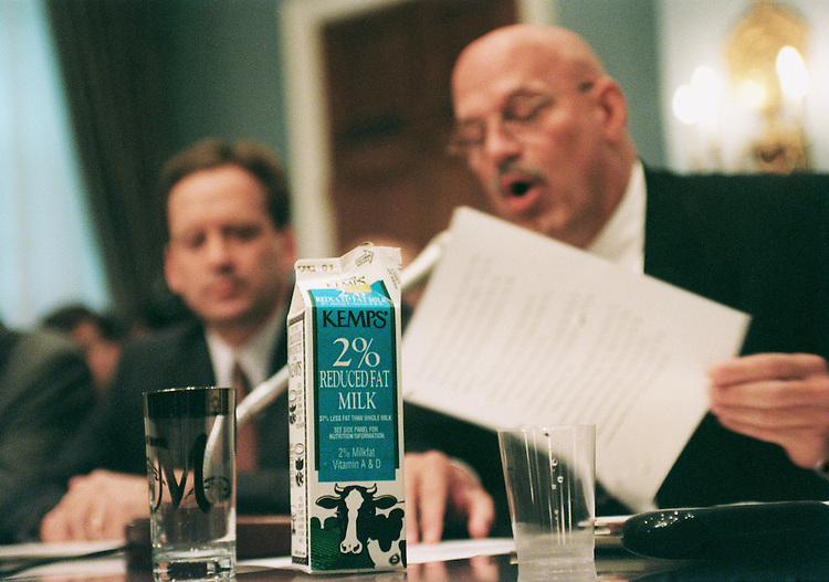 6/24/99.REVISION OF MILK PRICE SUPPORTS--Gov. Jesse Ventura, Reform-Minn., testifies before the House Agriculture Committee on milk price support options. At left is Mark Green, R-Wis..CONGRESSIONAL QUARTERLY PHOTO BY SCOTT J. FERRELL