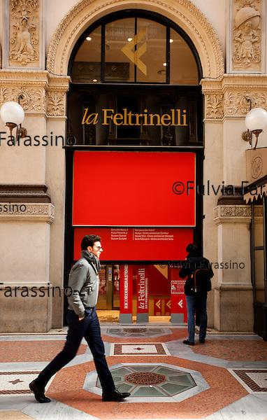 Milano, 5 marzo 2015 - <br /> Libreria Feltrinelli in Galleria di Corso Vittorio Emanuele,<br />  La Feltrinelli bookstore  in Galleria di Corso Vittorio Emanuele,