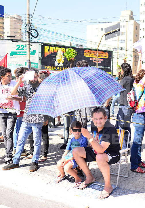 GOIANIA, GO, 07.09.2016 – DIA-INDEPENDENCIA - Desfile civico independência do Brasil na avenida Tocantins da cidade Goiânia (G) nesta quarta-feira 07. (Foto: Marcos Souza/Brazil Photo Press)