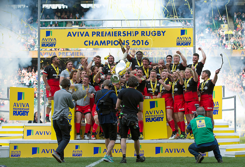 Saracens celebrate their 28-20 victory over Exeter Chiefs<br /> <br /> Photographer Ashley Western/CameraSport<br /> <br /> Rugby Union - Aviva Premiership Final - Saracens v Exeter Chiefs - Saturday 28th May 2016 - Twickenham Stadium, Twickenham, London  <br /> <br /> World Copyright &copy; 2016 CameraSport. All rights reserved. 43 Linden Ave. Countesthorpe. Leicester. England. LE8 5PG - Tel: +44 (0) 116 277 4147 - admin@camerasport.com - www.camerasport.com