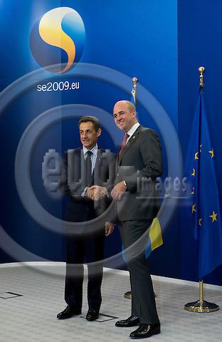 Brussels-Belgium - September 17, 2009 -- Informal European Council, EU-summit under Swedish Presidency; here, Fredrik REINFELDT (ri), Prime Minister of Sweden, welcomes Nicolas SARKOZY (le), President of France -- Photo: Horst Wagner / eup-images