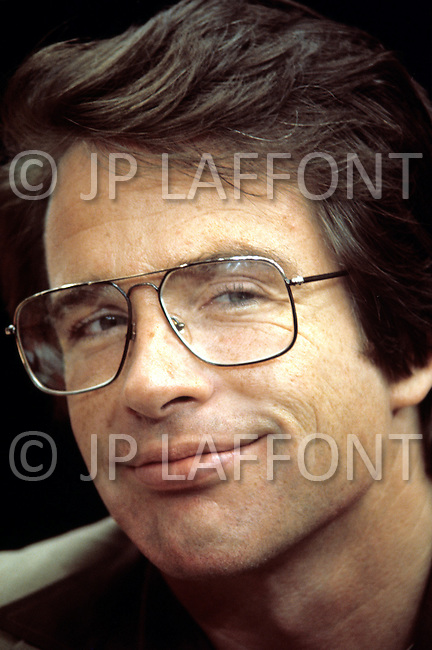 New York City - July 14, 1976. Warren Beatty (March 30, 1937) at the Democratic Convention in New York. He is an American actor, producer, screenwriter and director. He notably won the Best Director Award for his 1981 film Reds as well as produced and acted in 1967 film Bonnie and Clyde, alongside Hollywood sensations Faye Dunaway, Gene Hackman and Estelle Parsons.