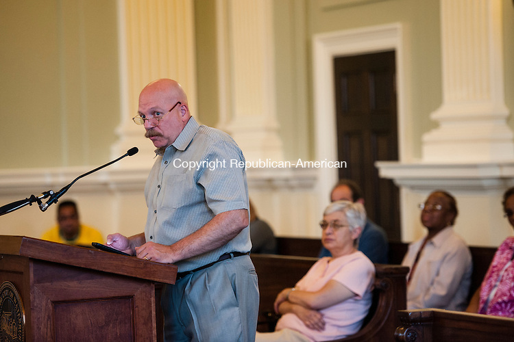 WATERBURY, CT-19 August 2014-081914EC04-  David Therault with the Waterbury Neighborhood Council addresses the city's Board of Aldermen Tuesday night. Erin Covey Republican-American