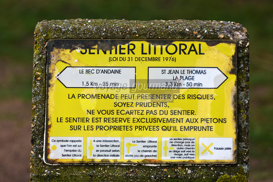 Europe/France/Normandie/Basse-Normandie/50/Baie du Mont-Saint-Michel/Env de Genêts:  Panneau du sentier littoral // Europe/France/Normandie/Basse-Normandie/ Bay of Mont Saint Michel, listed as World Heritage by UNESCO/Env de Genêts: Dragey Dunes,  Panel coastal path