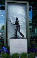 Statue of Fred Perry at Wimbledon..Tennis - Wimbledon Lawn Tennis Championships - Day 12 Sat 3rd Jul 2010 -  All England Lawn Tennis and Croquet Club - Wimbledon - London - England..© FREY - AMN IMAGES  Level 1, Barry House, 20-22 Worple Road, London, SW19 4DH.TEL - +44 (0) 20 8947 0100.Email - mfrey@advantagemedianet.com.www.advantagemedianet.com