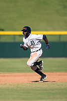 Mesa Solar Sox center fielder Daz Cameron (13), of the Detroit Tigers organization, attempts to steal third base during an Arizona Fall League game against the Glendale Desert Dogs at Sloan Park on October 27, 2018 in Mesa, Arizona. Glendale defeated Mesa 7-6. (Zachary Lucy/Four Seam Images)