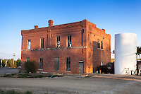 Old abandoned brick building in Home, KS