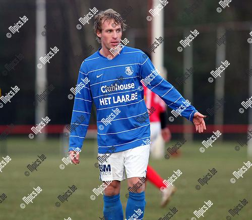 2010-02-21 / Voetbal / seizoen 2009-2010 / Oelegem - Vosselaar / Hans Versmissen..Foto: mpics
