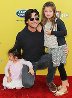 SANTA MONICA, CA, USA - NOVEMBER 16: Maple Bateman, Jason Bateman, Francesca Bateman arrives at the P.S. ARTS Express Yourself 2014 held at The Barker Hanger on November 16, 2014 in Santa Monica, California, United States. (Photo by Celebrity Monitor)